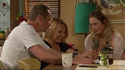 Toadie Rebecchi, Steph Scully, Sonya Mitchell in Neighbours Episode 7284