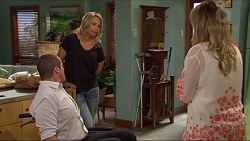 Toadie Rebecchi, Steph Scully, Sonya Mitchell in Neighbours Episode 7285