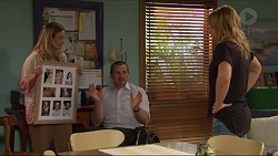 Sonya Mitchell, Toadie Rebecchi, Steph Scully in Neighbours Episode 7285