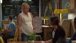 Lauren Turner, Paige Novak in Neighbours Episode 7287