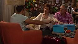 Aaron Brennan, Susan Kennedy, Karl Kennedy in Neighbours Episode 7288