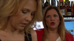 Steph Scully, Terese Willis in Neighbours Episode 7288