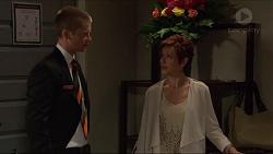 Daniel Robinson, Susan Kennedy in Neighbours Episode 7288