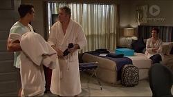 Aaron Brennan, Karl Kennedy, Susan Kennedy in Neighbours Episode 7288