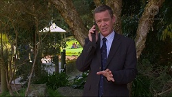 Paul Robinson in Neighbours Episode 7289
