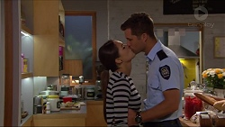 Paige Smith, Mark Brennan in Neighbours Episode 7289