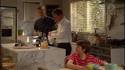 Daniel Robinson, Paul Robinson, Jimmy Williams in Neighbours Episode 7290