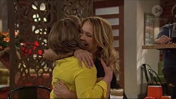 Lyn Scully, Steph Scully in Neighbours Episode 7291