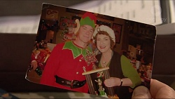Paul Robinson, Lyn Scully in Neighbours Episode 7291