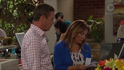 Paul Robinson, Terese Willis in Neighbours Episode 7292