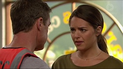 Paul Robinson, Paige Novak in Neighbours Episode 7293