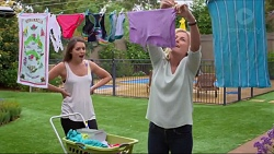Paige Novak, Lauren Turner in Neighbours Episode 7295