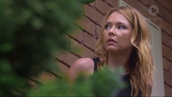 Steph Scully in Neighbours Episode 7296