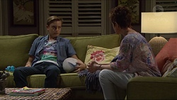 Charlie Hoyland, Susan Kennedy in Neighbours Episode 7297