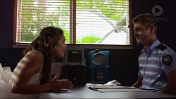 Paige Novak, Mark Brennan in Neighbours Episode 7298