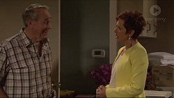 Doug Willis, Susan Kennedy in Neighbours Episode 7298