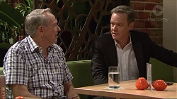 Doug Willis, Paul Robinson in Neighbours Episode 7298