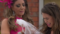 Mary Smith, Paige Novak in Neighbours Episode 7299