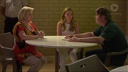 Sheila Canning, Xanthe Canning, Gary Canning in Neighbours Episode 7301