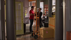 Delivery Guy, Daniel Robinson in Neighbours Episode 7301