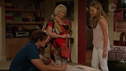 Kyle Canning, Sheila Canning, Xanthe Canning in Neighbours Episode 7301