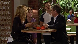 Steph Scully, Lyn Scully, Josh Willis, Paul Robinson in Neighbours Episode 7301
