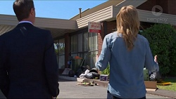 Paul Robinson, Steph Scully in Neighbours Episode 7302