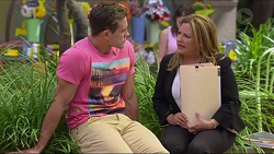 Aaron Brennan, Terese Willis in Neighbours Episode 7303