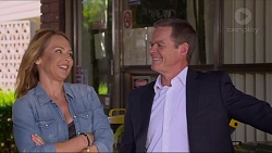 Steph Scully, Paul Robinson in Neighbours Episode 7303