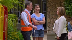 Paul Robinson, Amy Williams, Terese Willis in Neighbours Episode 7305