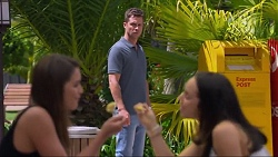 Paige Smith, Mark Brennan, Imogen Willis in Neighbours Episode 7305