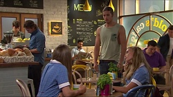 Brad Willis, Piper Willis, Tyler Brennan, Xanthe Canning in Neighbours Episode 7306