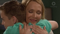 Charlie Hoyland, Steph Scully in Neighbours Episode 7307