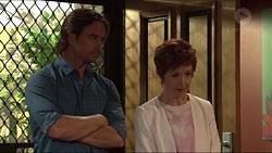 Brad Willis, Susan Kennedy in Neighbours Episode 7307