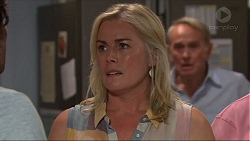 Lauren Turner, Doug Willis in Neighbours Episode 7308
