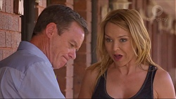 Paul Robinson, Steph Scully in Neighbours Episode 7308