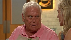 Lou Carpenter, Lauren Turner in Neighbours Episode 7308
