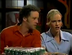 Ben Atkins, Lisa Elliot in Neighbours Episode 2855