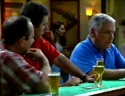 Philip Martin, Karl Kennedy, Lou Carpenter in Neighbours Episode 2857