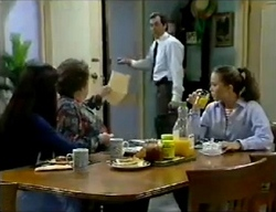 Susan Kennedy, Marlene Kratz, Karl Kennedy, Libby Kennedy in Neighbours Episode 2857