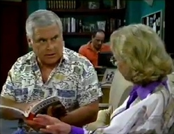 Lou Carpenter, Philip Martin, Helen Daniels in Neighbours Episode 2857