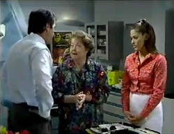Karl Kennedy, Marlene Kratz, Sarah Beaumont in Neighbours Episode 2857