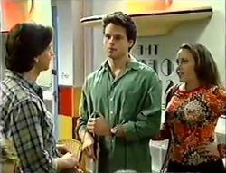 Darren Stark, Rohan Kendrick, Libby Kennedy in Neighbours Episode 2888