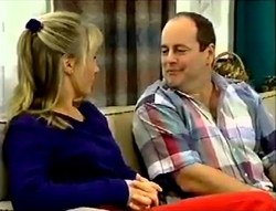 Ruth Wilkinson, Philip Martin in Neighbours Episode 2889