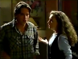 Darren Stark, Debbie Martin in Neighbours Episode 2889