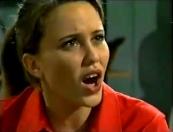 Libby Kennedy in Neighbours Episode 2889