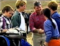 Anne Wilkinson, Lance Wilkinson, Doug Bainbridge, Susan Kennedy, Billy Kennedy in Neighbours Episode 2889