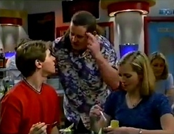 Lance Wilkinson, Toadie Rebecchi, Amy Greenwood in Neighbours Episode 2974