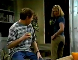 Lance Wilkinson, Amy Greenwood in Neighbours Episode 2974