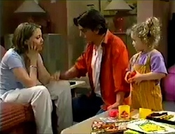 Libby Kennedy, Darren Stark, Louise Carpenter (Lolly) in Neighbours Episode 2978